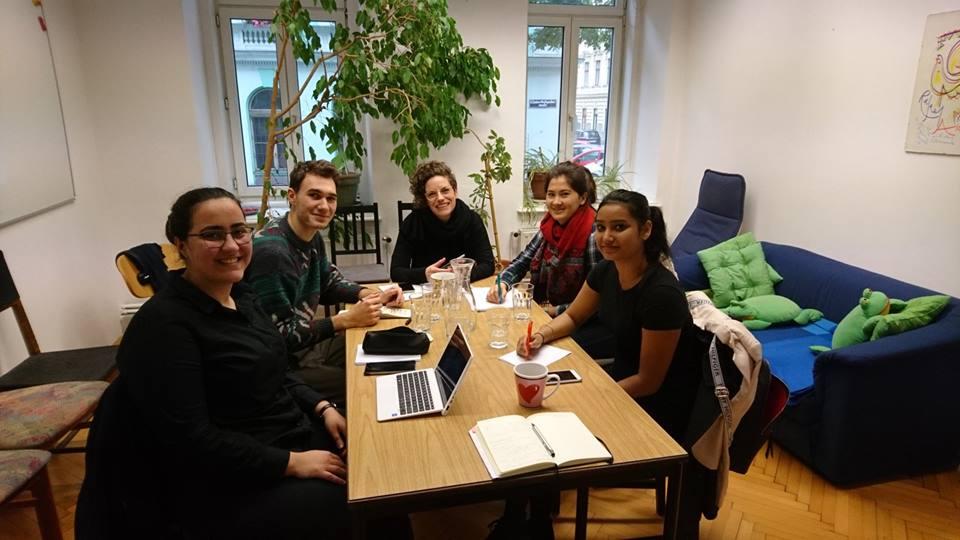 """Projekt """"Mentoring"""" Kooperation zwischen den Alumnis und den StipendiatInnen"""
